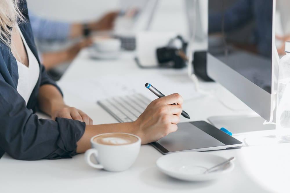 Webデザインはここまで多彩にできる!最近のBtoBサイトのデザイン事例