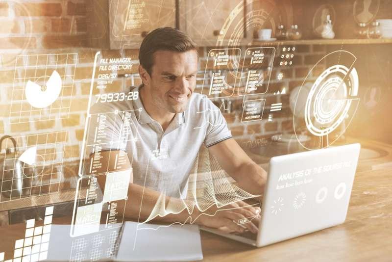 Webディレクターの役割とは? 企業で求められる仕事内容とスキルについて